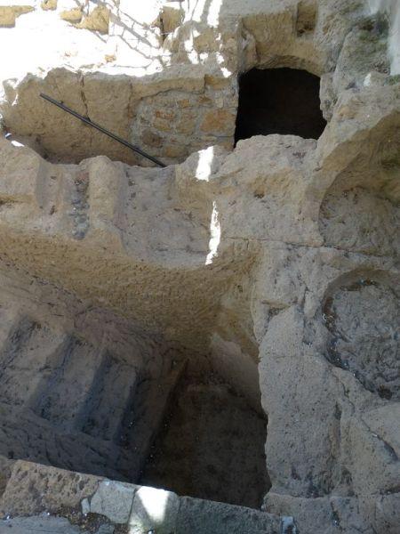alte etruskische Ausgrabungen