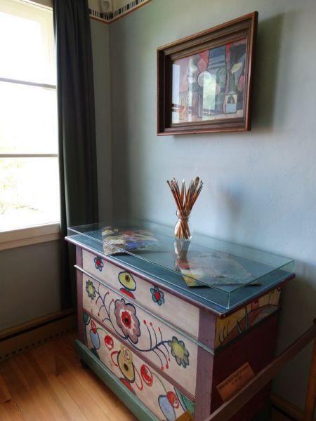 von Kandinsky bemalte Möbel