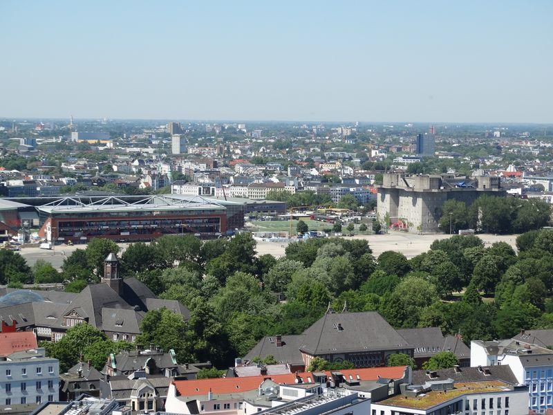 Millerntor-Stadion und Heiligen-Geist-Feld