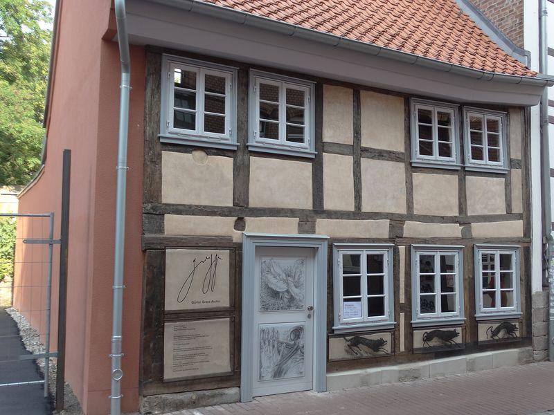 Günter-Grass-Archiv in dem ältesten Haus (1310) der Unistadt