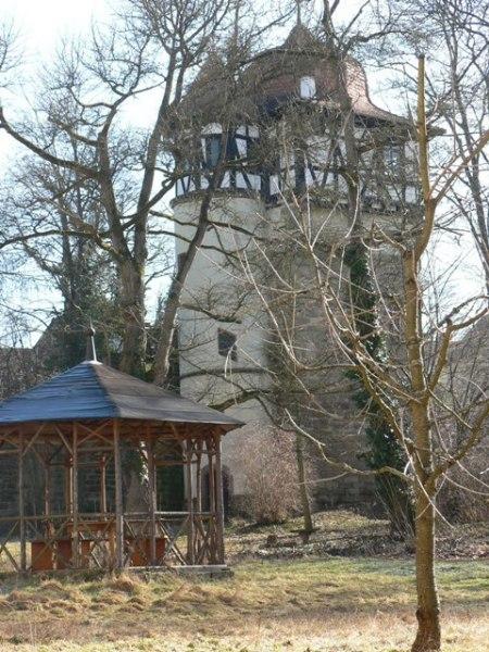 Wohnturm und Arbeitszimmer des Dr. Faustus.