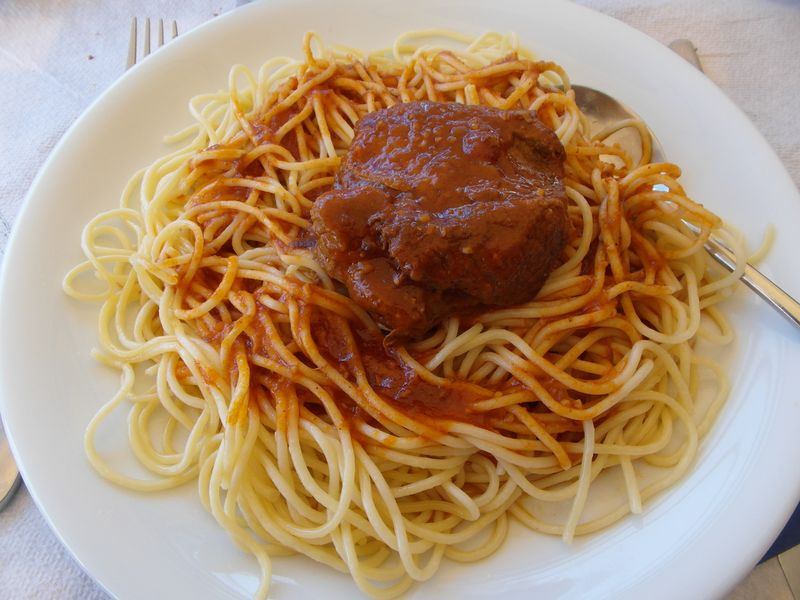 Kokinisto mit Spaghetti