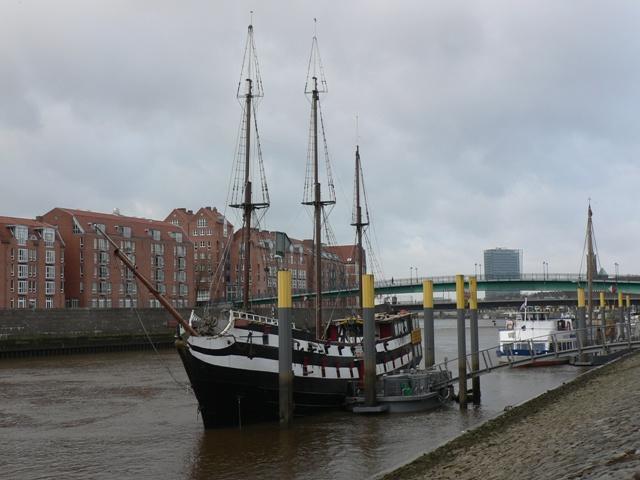 NST2011-026SSchiff