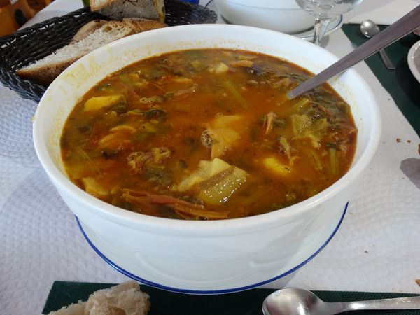 So sehen Suppen als Vorspeise aus.