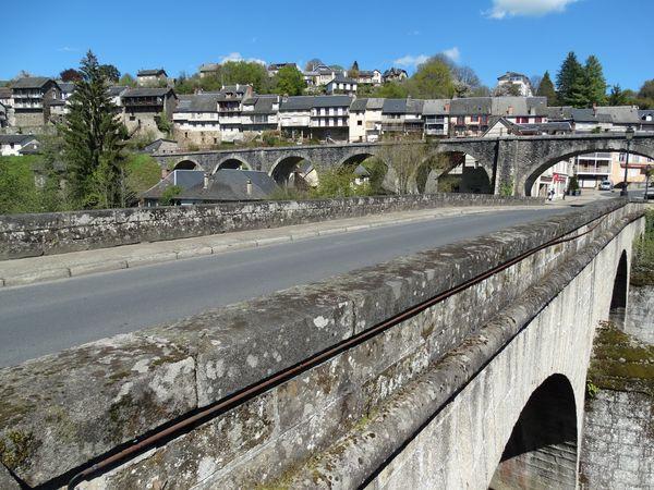 zwei Brücken kreuzen