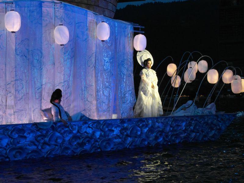 die Barke mit Turandot