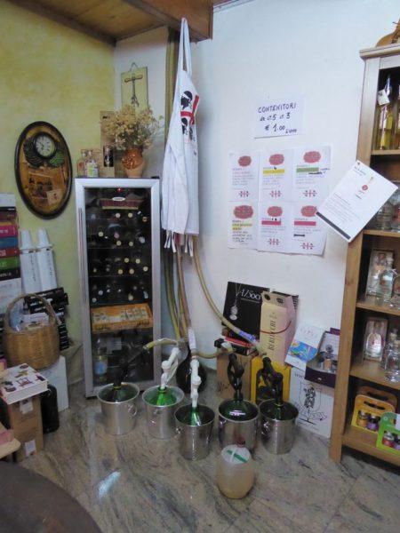 an der Wein-Tankstelle